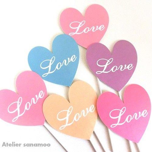 【6本セット】<春色ミックス>ハート型「Love」フォトプロップス(手のひらサイズ)