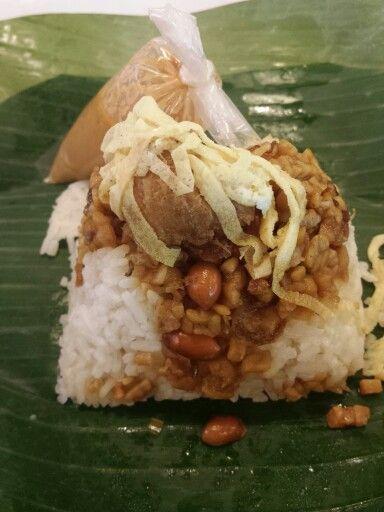 traditional nasi uduk
