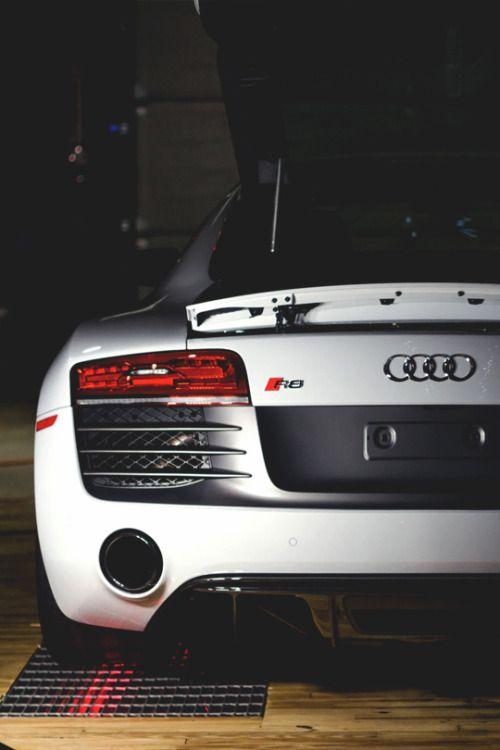 Genial Audi R8.