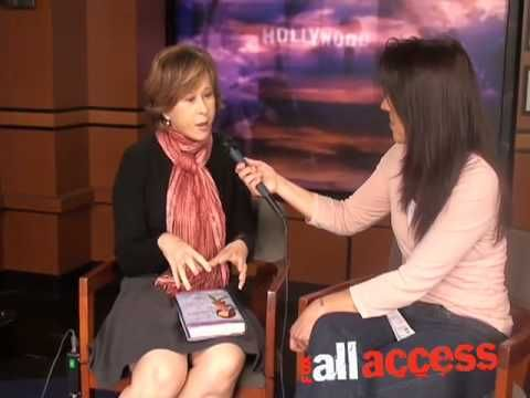 The Simpsons Yeardley Smith: An Animated Discussion with FOX All Access - YouTube