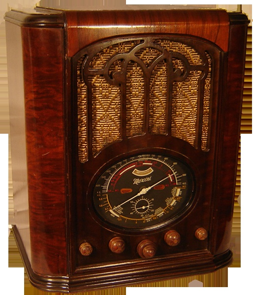 Antique Radio - Macaroni 81