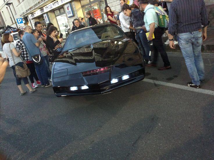 https://www.facebook.com/Pontiac-Trans-Am-Knight-Rider-1982-KITT-Supercar-Maranello-Modena-1044550945573362/?fref=ts