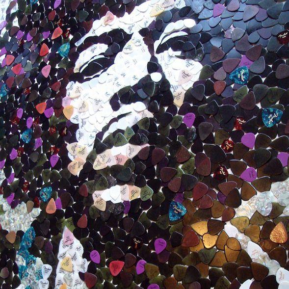 O artista britânico Ed Chapman cria figuras a partir de materiais como palhetas de guitarra e açúcar. Confira!