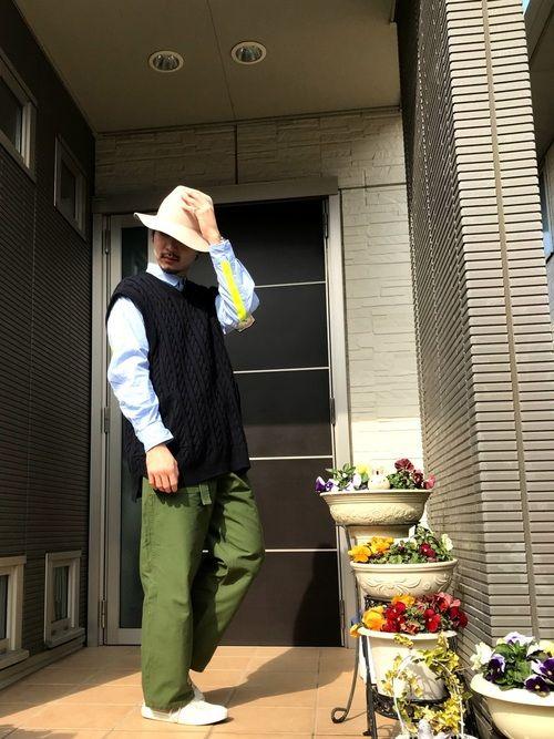 こんにちは〜!! 今日は夜道歩いても安全なリフレクター付きストライプシャツを使ったコーディネート❤️