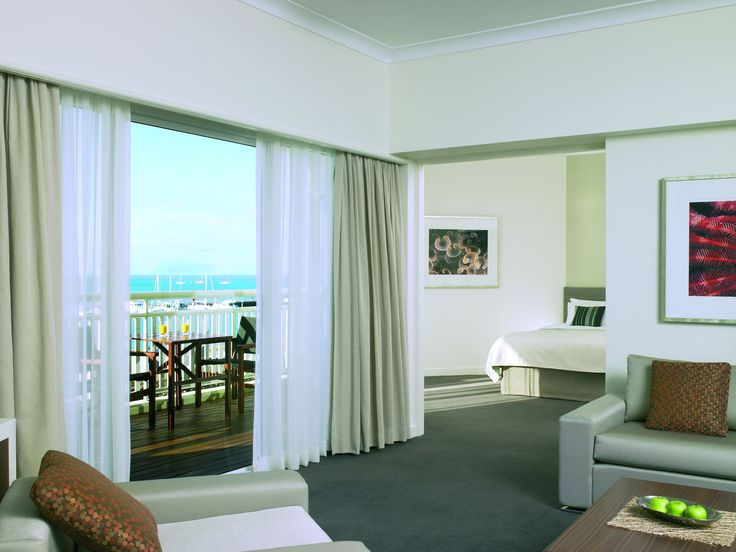 Executive Suite @ Shangri-La Hotel, The Marina, Cairns