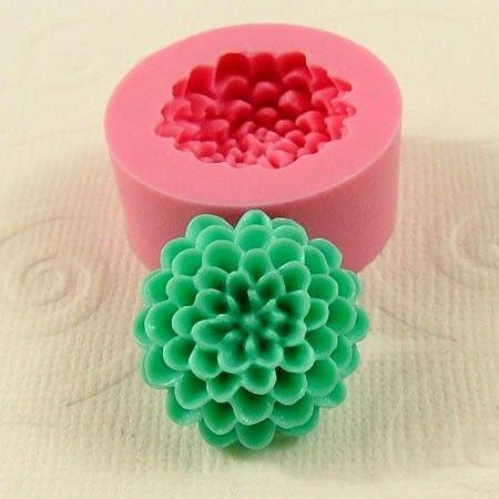 /: Decor Ideas, Clay Flowers, Crafts Jewelry, Diy Gifts, Pom Pom, Resins Embellishments, Chrysanthemums Pom, Polymer Clay, Craft Jewelry