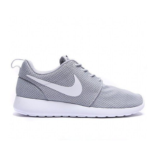 Roshe Run Trainer ($115) ❤ liked on Polyvore featuring shoes, sneakers, flats, gray shoes, rubber shoes, white flats, gray flat shoes and grey flats