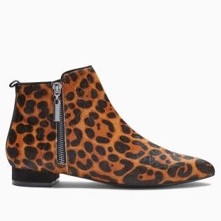 Shop AW16 // Autumn days might look a little dreary, so why not brighten them up with a pop of animal print? These pixie ankle boots are just amazing!