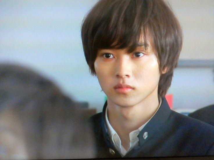 "Kento Yamazaki, Kazunari Ninomiya (from Arashi), Yuto Nakajima, Sota Fukushi, Shotaro Mamiya, Kasumi Arimura, Kanata Hondo. J drama based on a true story ""Yowakutemo Katemasu (We can win even if we're weak.)"", 2014. Plot & Ep.1-11: http://dramanice.com/drama/yowakutemo-katemasu-detail [English Sub] Unique, funny n touching drama! you can enjoy even if U're not interested in baseball!!"