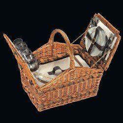 Picknickkorb für 4 Personen. Am liebsten so wie auf der Abbildung (zu öffnen).