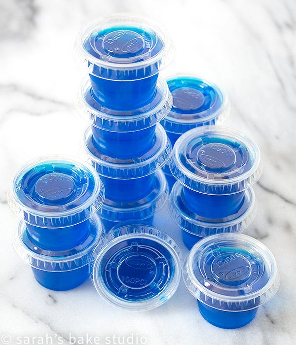 Blue Hawaiian Jello Shots – colorful, wiggly-jiggly, flavorful jello combined with tropical booze makes these jello shots scream SUMMER; grab your friends and make your taste buds sing.