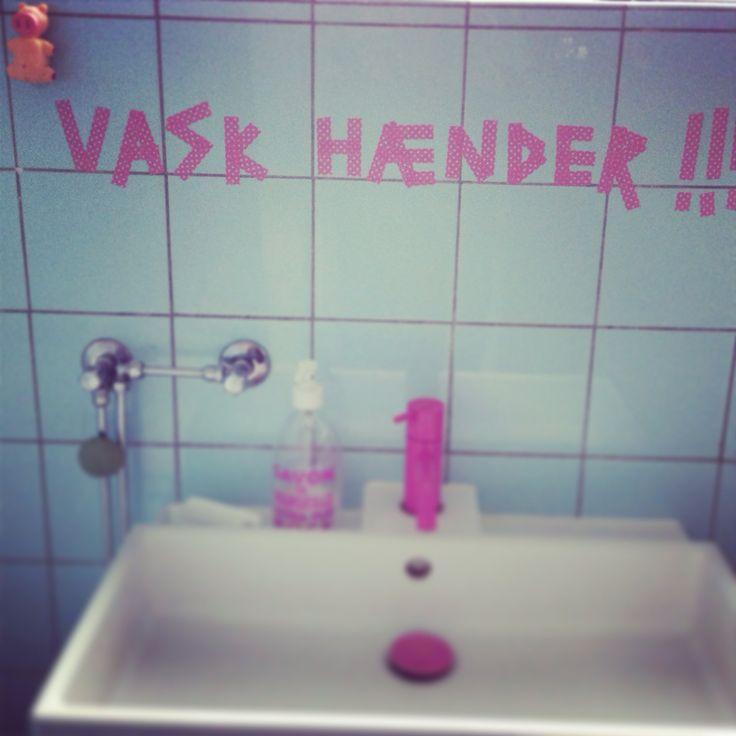 Wash your hands #pink #vola