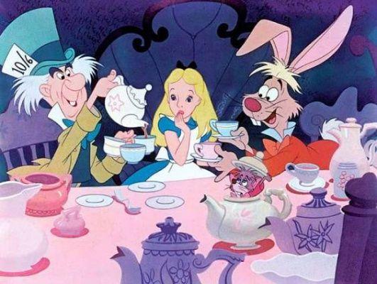 Alenka v říši divů - Alice in Wonderland (1951) | Showbiz.cz