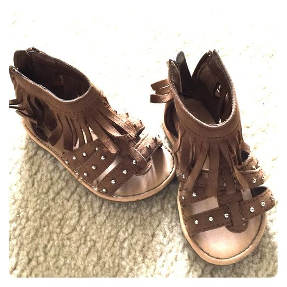Little girl sandals Fringe brown sandals with studs Oshkosh Shoes Sandals