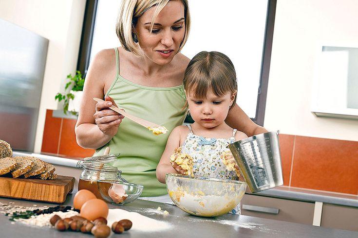 Aj bez váhy a odmerky môžete piecť podľa osvedčených rodinných receptov. Takto si ingrediencie odvážite len pomocou lyžice, lyžičky či hrnčeka.
