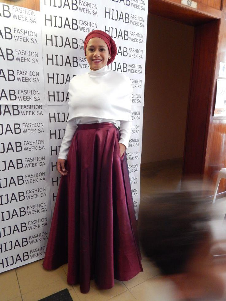 Maroon Full Circle Skirt with White Cape T www.fabulousinhijab.co.za #HFWSA #eid2016