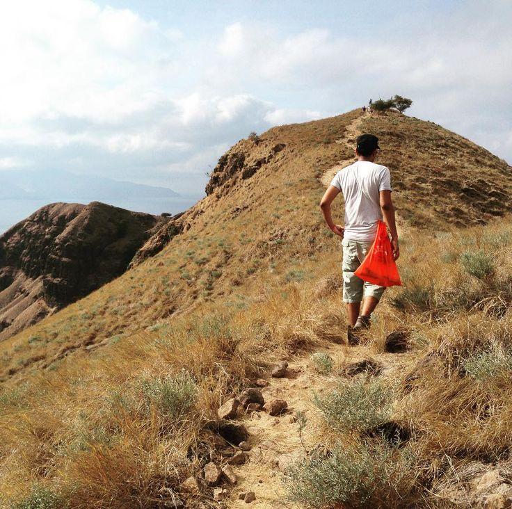 Climb every mountain!  #darlingweekend #trailblazer #adventuretravel