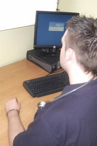 The Advantages of Health Information Technology thumbnail