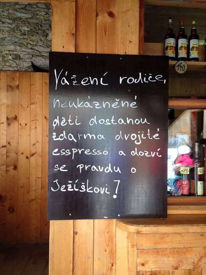 upozorneni v restauraci