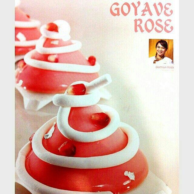 @Regrann from @wilfredtan_ -  Goyave rose by chef @qothrunada, Tulip magazine#5
