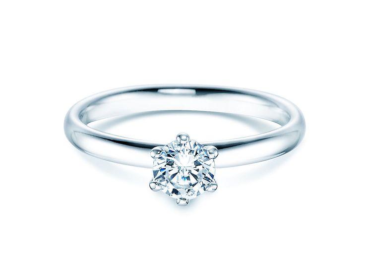 Diamantring aus Weißgold mit einem Solitaer Brillant. #verlobungsring #verlobungsringe #diamantring #goldschmuck #brautschmuck #juwelier #trauringstudio #juwelierschillinger #schmuck