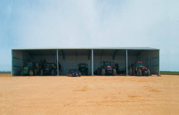 Machinery Sheds | Protect your machinery, yields and tools in a real machinery shed.