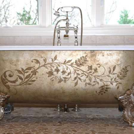 Painted clawfoot tub. Gorgeous!