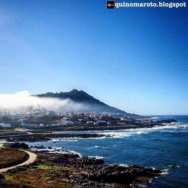 Nube sobre A Guarda. Camino de Santiago Portugués por la costa.