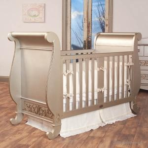 The Chelsea collection is a favorite among moms, interior designers, celebrities, and babies alike. It's gorgeous relief carvings and sophisticated hand rubbed finishes create a look of absolute majesty. The Chelsea crib is the pinnacle of design, quality, and Victorian elegance. Easily converts to a toddler bed with the Toddler bed conversion kit sold separately.