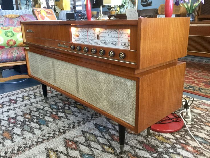 Stereo Grande by Electrola at Multisonics
