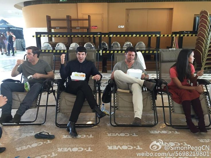 Star Trek Beyond   Behind the scenes - Chris Pine, Zachary Quinto, Karl Urban, Zoe Saldana