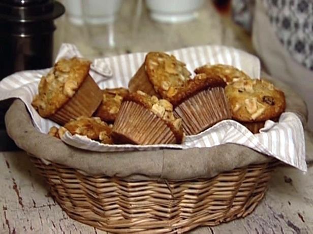 Ina Garten: Banana Crunch Muffins