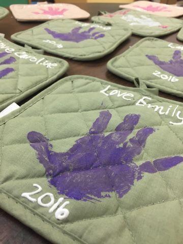 Preschool Ideas For 2 Year Olds Mother's day gift for preschool handprint pot holder