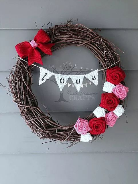 The Best Easy DIY Valentine's Day Wreath Ideas {Details Blog}