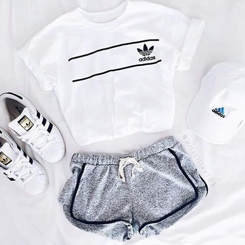 Most popular tags for this image include: adidas, outfit, sport, shoes and superstar
