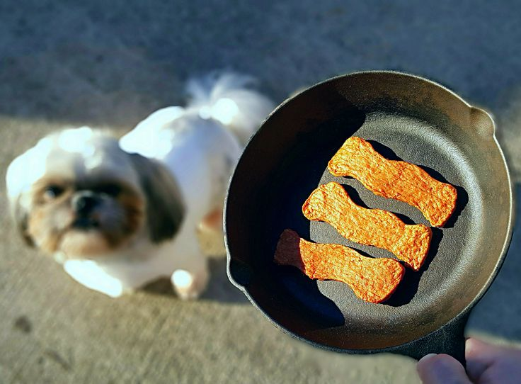 Made from only US-sourced meats, these Chicken Bacon Sizzlers are just one of several flavors of Nudges® wholesome dog treats available at Walmart! #NudgeThemBack #ad