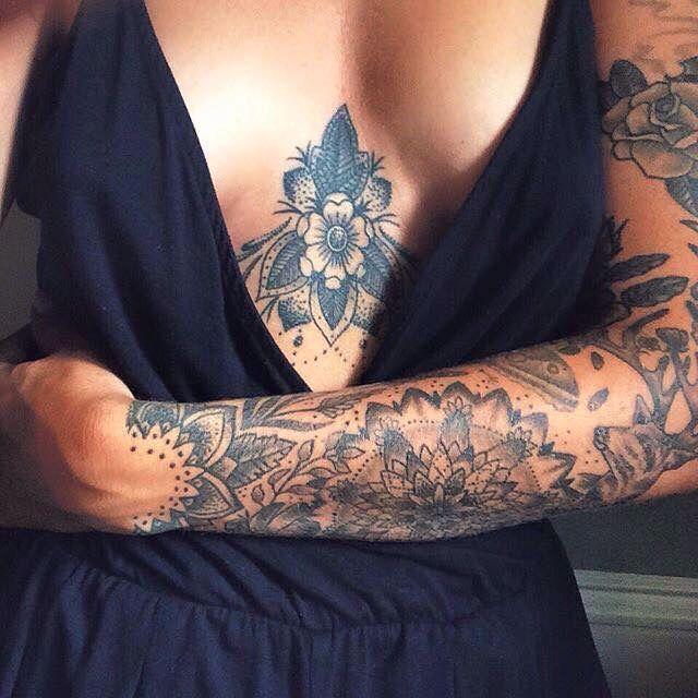 Tätowierung – weiblich – Mandala – Laub – Idee #tattooedmodel #Tattoos #Ale – Chris Tine