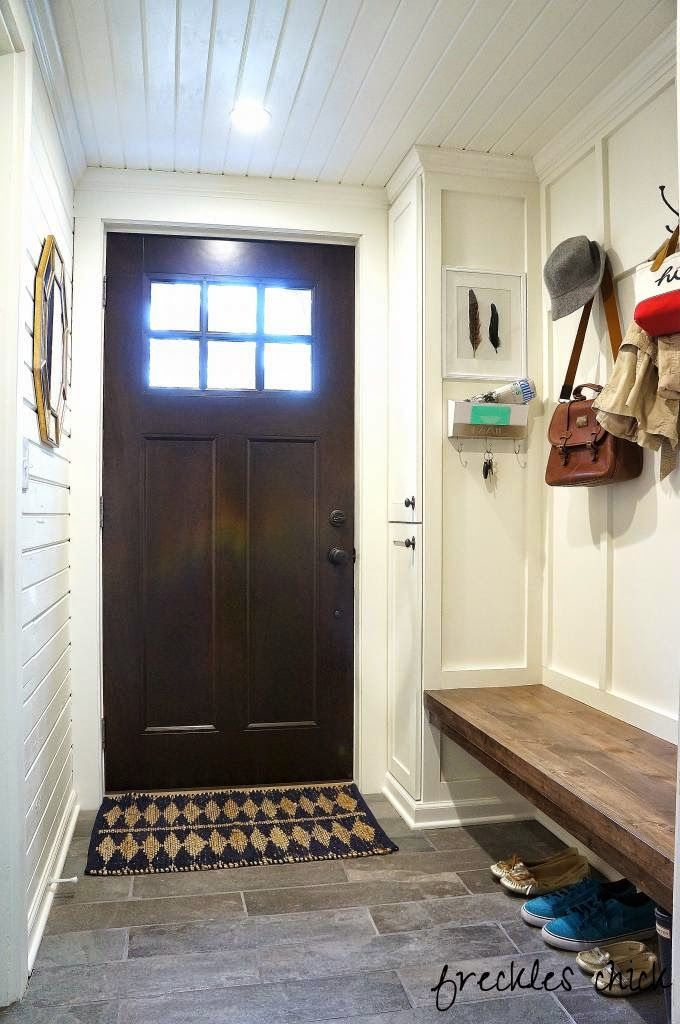 {Friday Favorites} 10 Beautiful Mudrooms