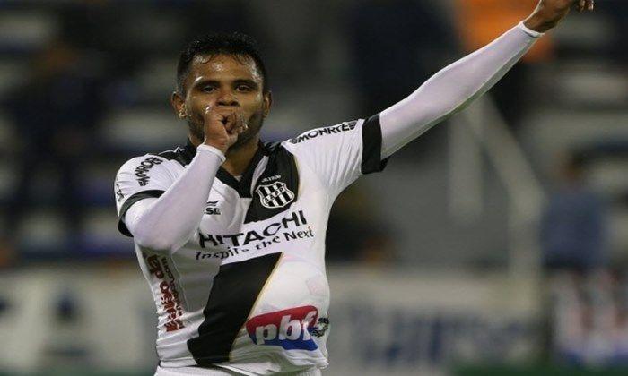 As negociações entre o São Paulo e o Internacional avançaram e o Tricolor paulista está muito perto de anunciar a contratação do volante Fernando Bob.