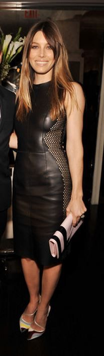Who made  Jessica Biel's pink stripe clutch handbag, black leather dress, and print pumps that she wore in New York?