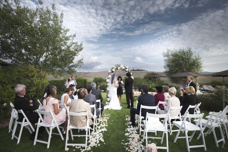 Symbolic wedding ceremony in Tuscany / Символическая свадебная церемония в Тоскане
