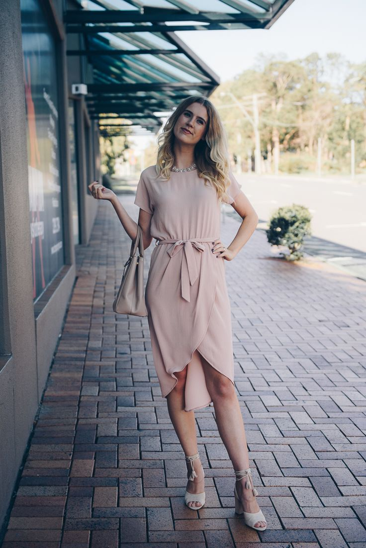 The perfect blush shirt dress- head to toe blush St Frock dress ladylike style Prada bag Natural curls