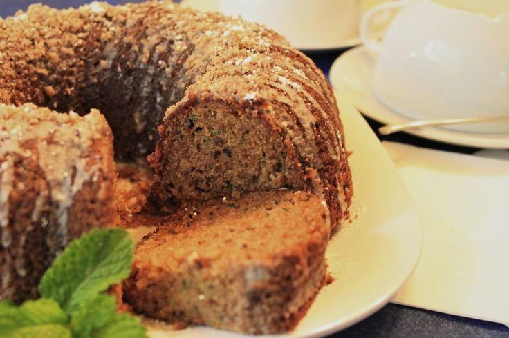 Zucchini Bread: Food Recipes, Zucchini Breads Recipes, Zucchini Bread Recipes, Cakes Recipes, Alma A Zucchini, Sweet Recipes, Recipes Treats, Favorite Recipes, Recipes Yum