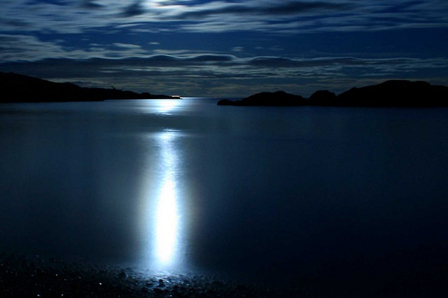 Love moonlight on the water