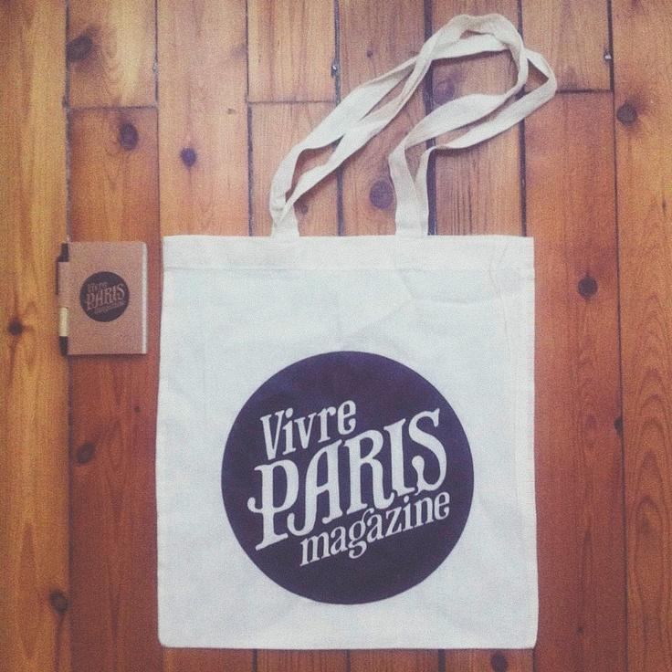 Bag and notepad for Vivre Paris magazine.