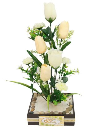 Centro De Mesa Boda Marfil  Arreglo de flores con arena blanca