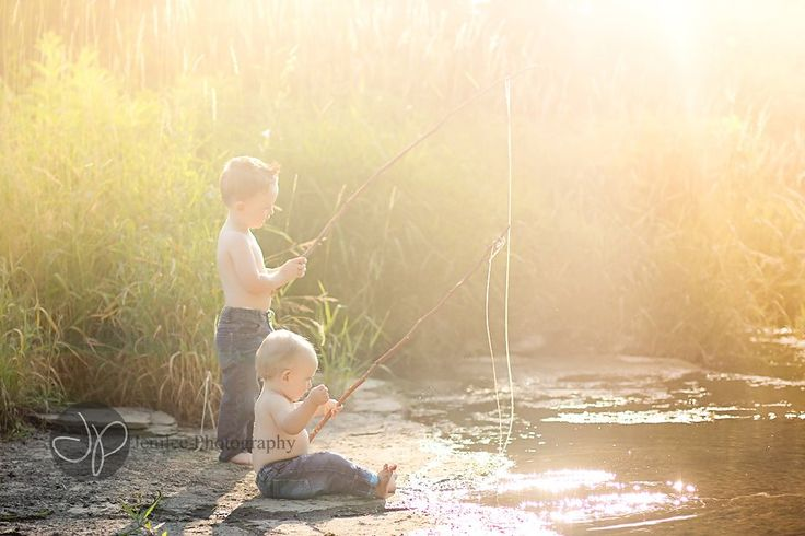Be Inspired: Kids Play » Confessions of a Prop Junkie. Brothers photography siblings mini session photo shoot fishing