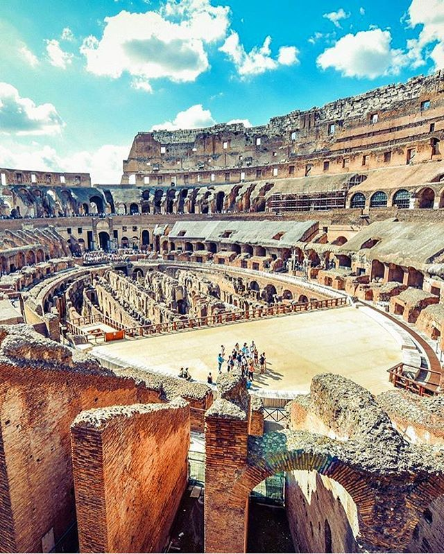Inside #Colosseo in #Roma  Photo by: @shiqin0915