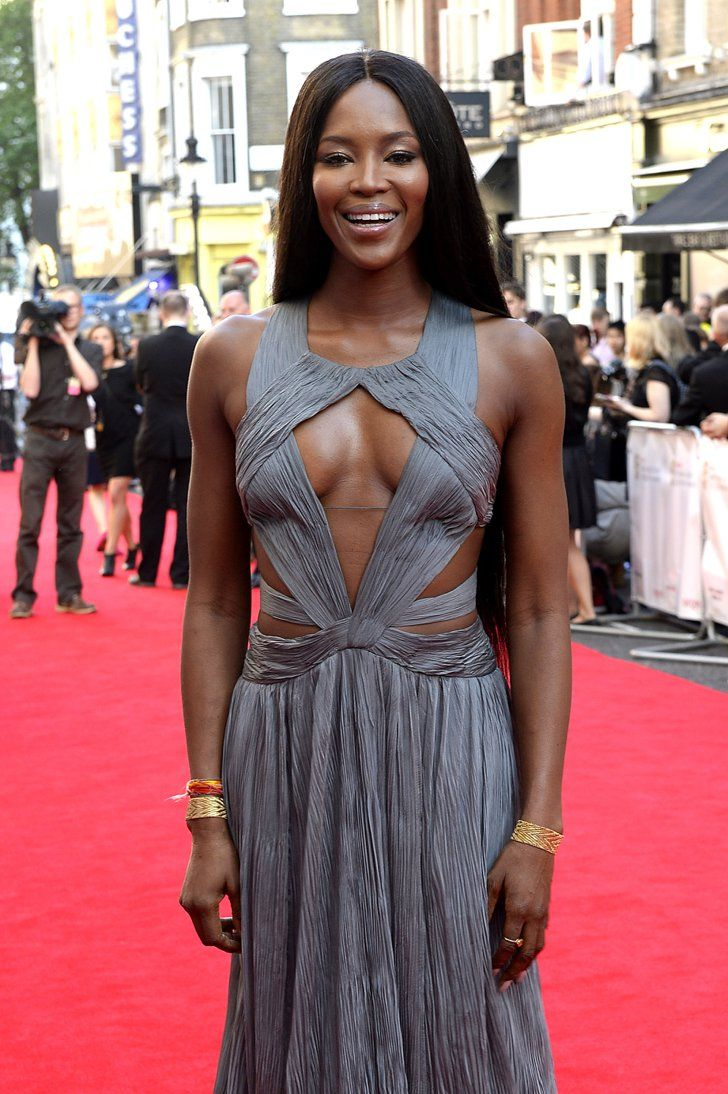 Pin for Later: From 16 to 50: Hollywood Women at Every Age 43 Naomi Campbell
