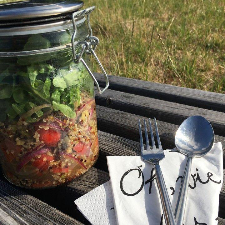 Inka-Salat - würziger Quinoa-Salat mit Avocado und Rucola